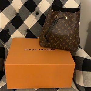 Louis Vuitton NEONOE Monogram Black Handbag